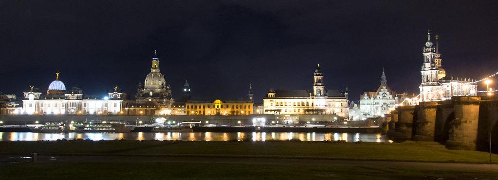 8. Dresden - bij nacht