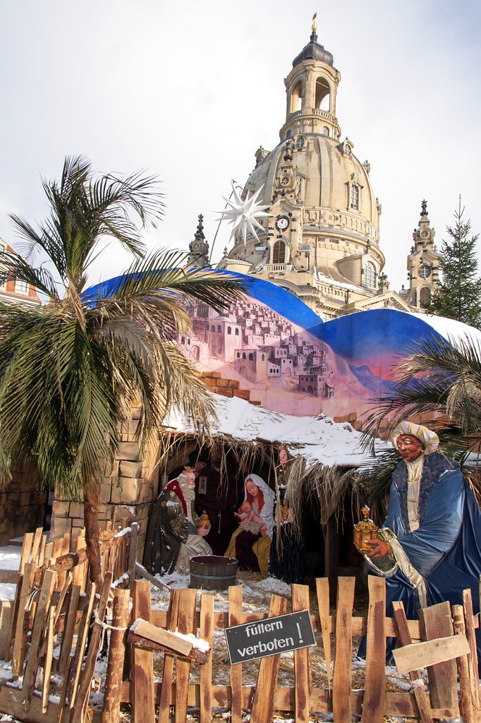 12. Dresden - Kerstmarkt Frauenkirche